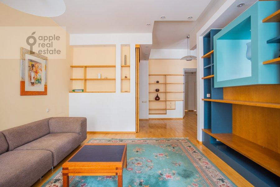 Гостиная в 3-комнатной квартире по адресу Малый Левшинский переулок 7