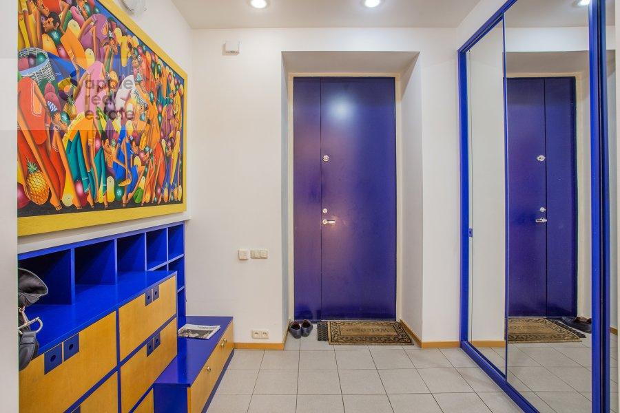 Коридор в 3-комнатной квартире по адресу Малый Левшинский переулок 7