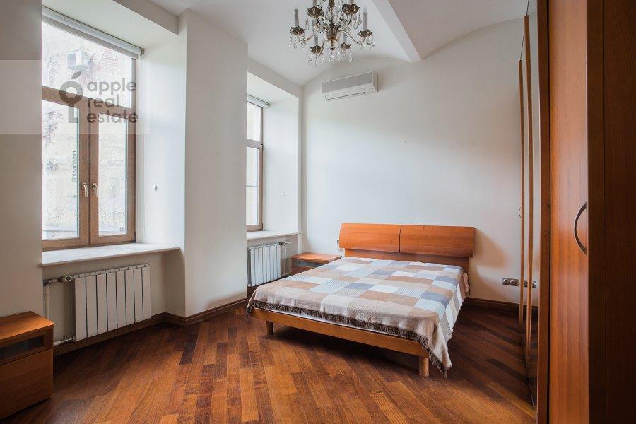 Bedroom of the 4-room apartment at Krivokolennyy per. 14
