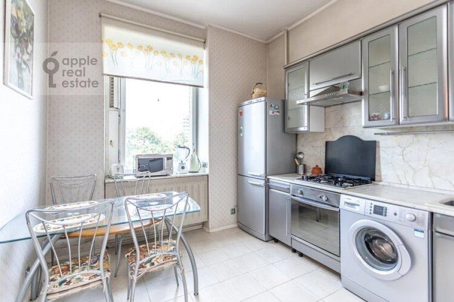 Kitchen of the 3-room apartment at Obolenskiy per. 7
