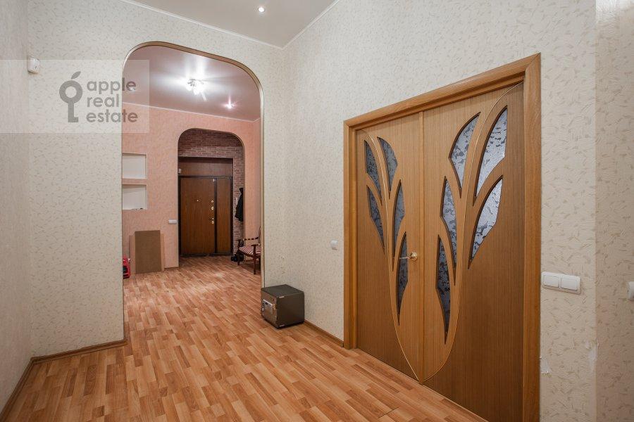 Коридор в 4-комнатной квартире по адресу Климентовский пер. 6