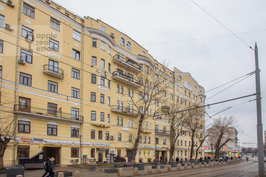 Фото дома 4-комнатной квартиры по адресу Климентовский пер. 6