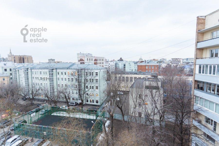 Вид из окна в 3-комнатной квартире по адресу Большая Бронная улица 7