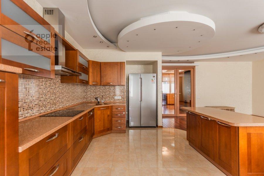 Кухня в 3-комнатной квартире по адресу Климентовский пер. 2