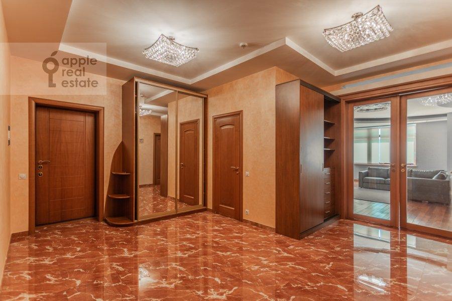 Коридор в 3-комнатной квартире по адресу Климентовский пер. 2