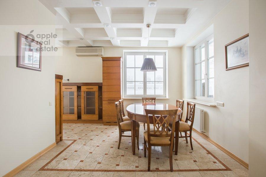 Кухня в 4-комнатной квартире по адресу Береговая улица 8к1