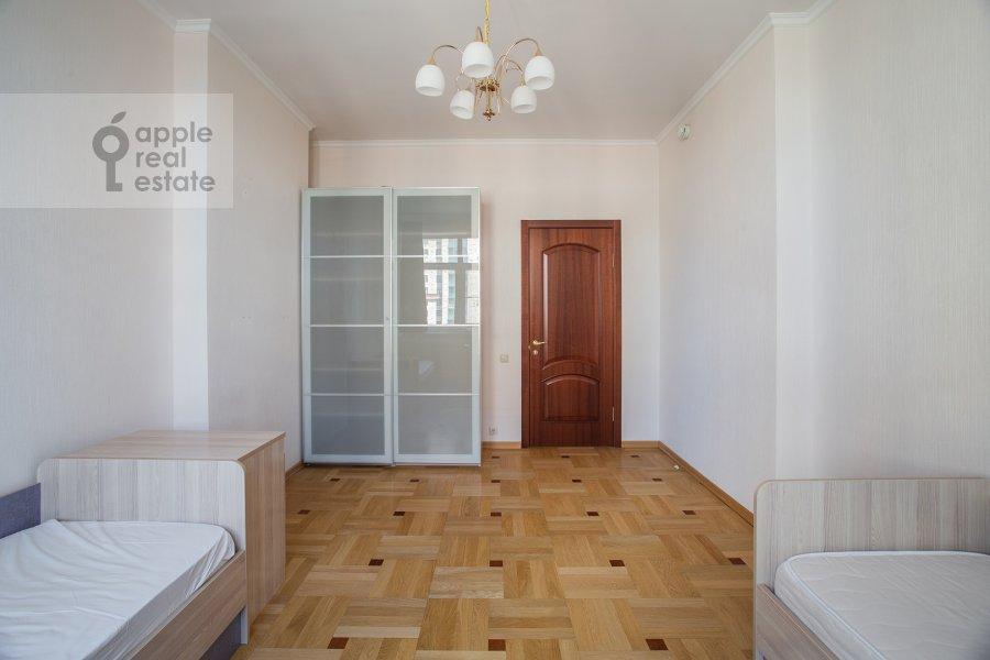 Children's room / Cabinet of the 3-room apartment at Aviatsionnaya ul. 77k5