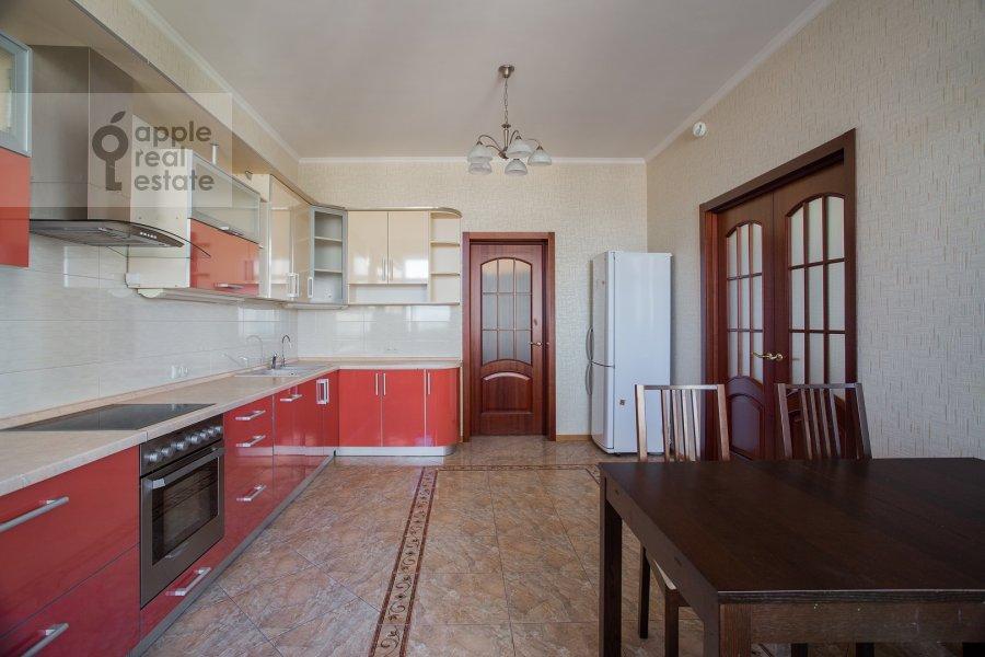 Kitchen of the 3-room apartment at Aviatsionnaya ul. 77k5