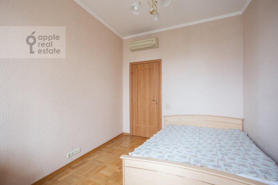 Bedroom of the 4-room apartment at Petrovsko-Razumovskaya alleya 10k2