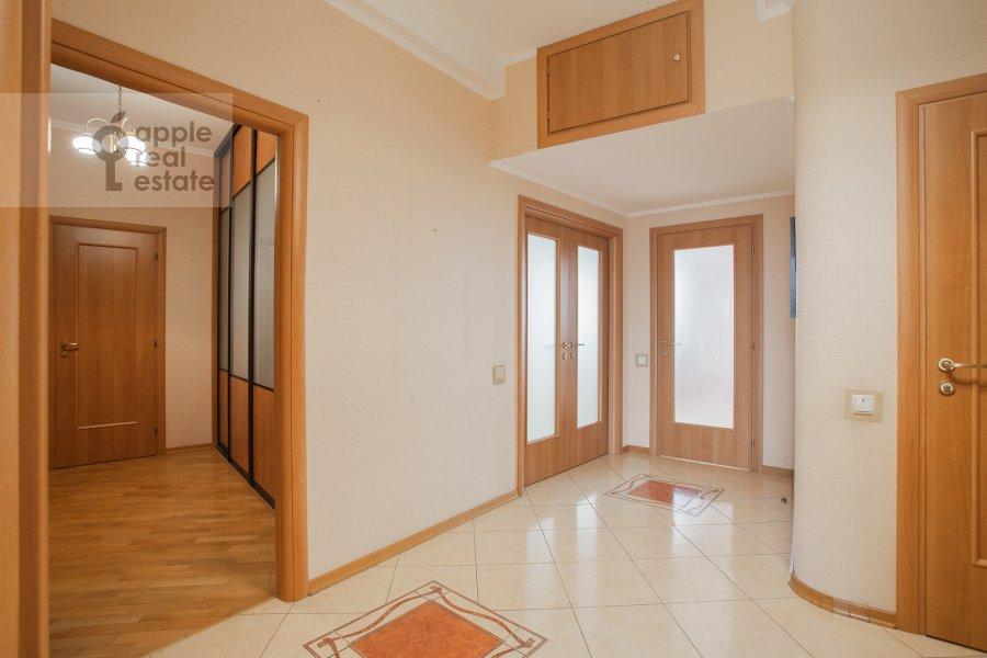 Corridor of the 4-room apartment at Petrovsko-Razumovskaya alleya 10k2