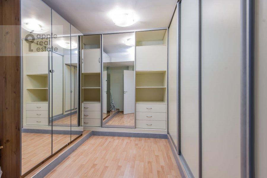 Walk-in closet / Laundry room / Storage room of the 6-room apartment at Tverskaya-Yamskaya 3-ya ul. 44
