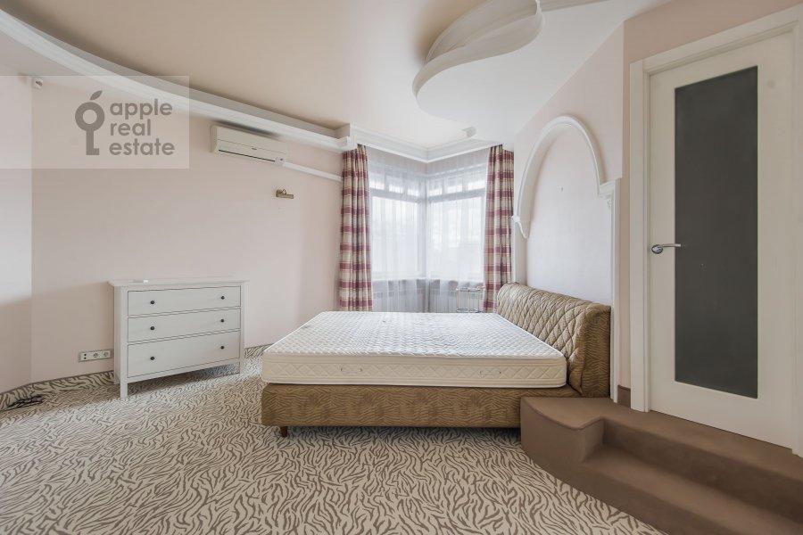 Bedroom of the 6-room apartment at Tverskaya-Yamskaya 3-ya ul. 44