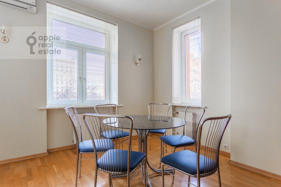 Kitchen of the 3-room apartment at prospekt Mira 99
