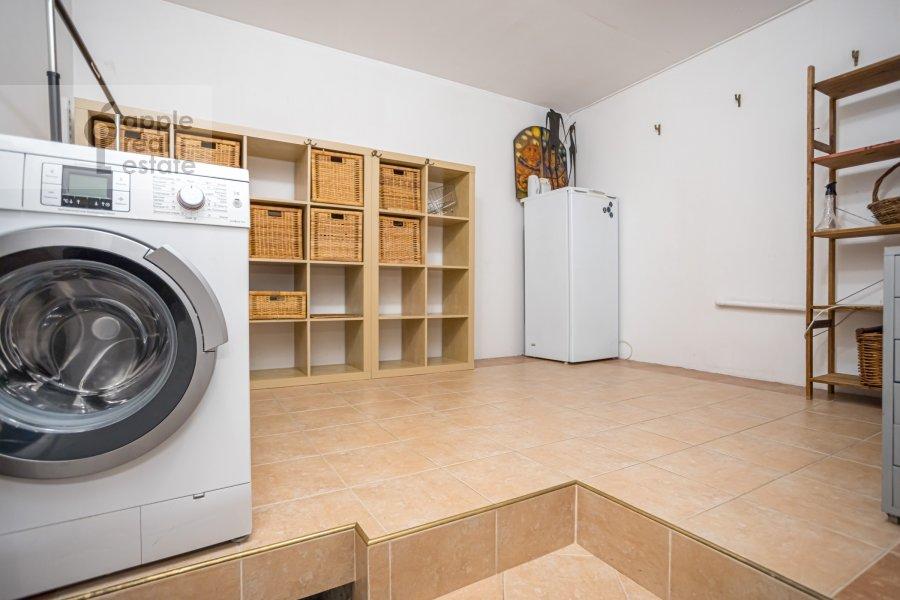Гардеробная комната / Постирочная комната / Кладовая комната в 4-комнатной квартире по адресу Спиридоньевский пер. 10А