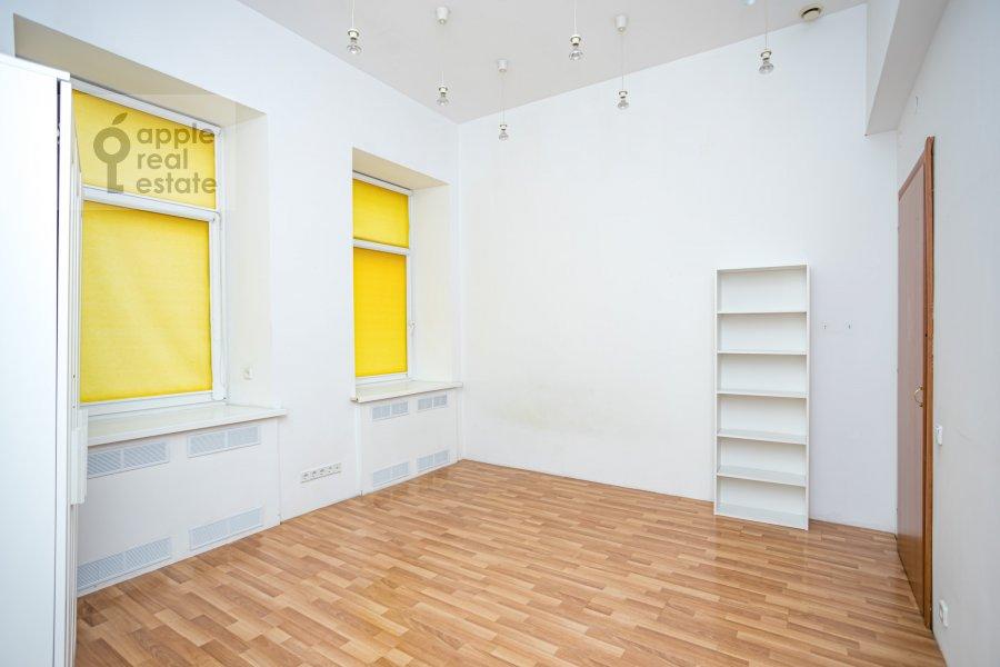 Детская комната / Кабинет в 4-комнатной квартире по адресу Спиридоньевский пер. 10А