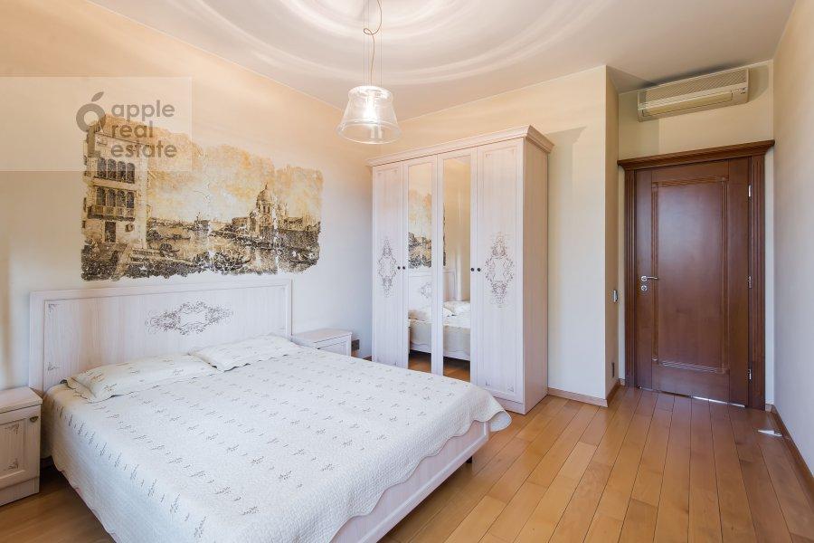 Children's room / Cabinet of the 3-room apartment at Serpukhovskiy per. 7k1