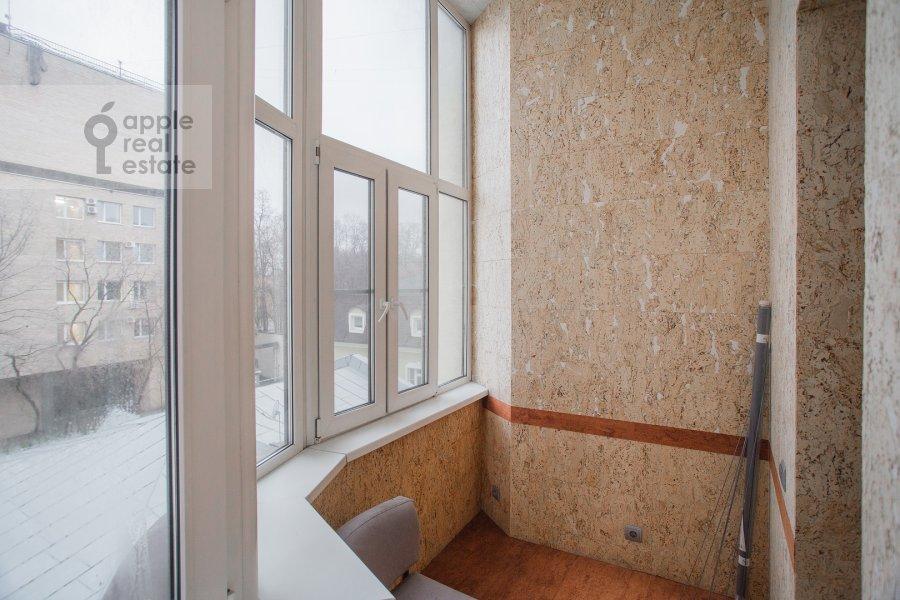 Балкон / Терраса / Лоджия в 4-комнатной квартире по адресу Мансуровский пер. 5