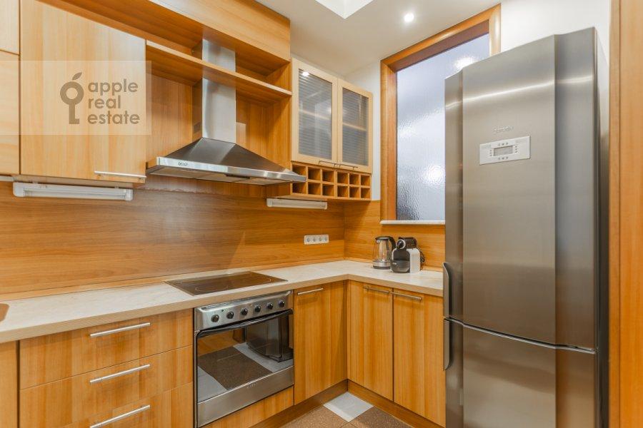 Kitchen of the 2-room apartment at Smolenskiy 1-y per. 17