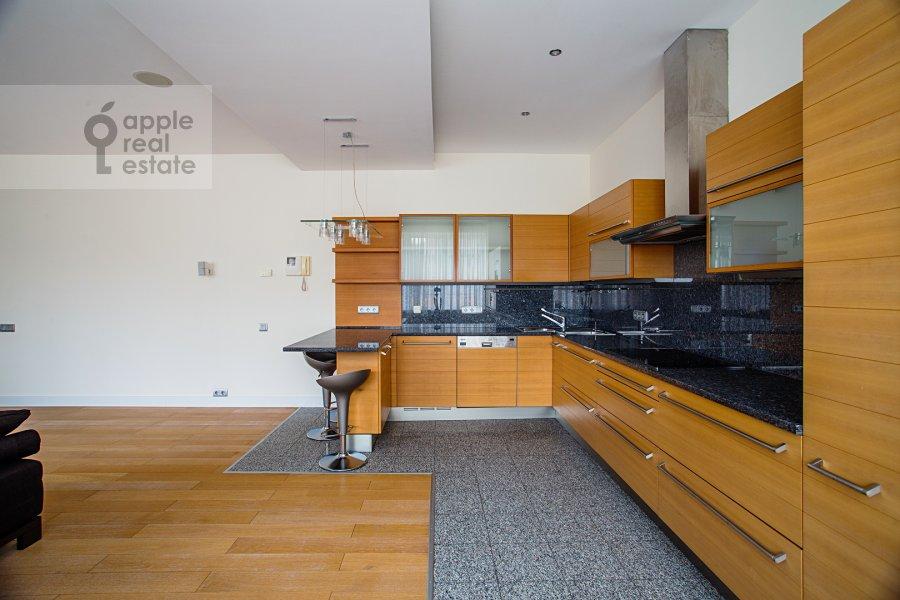 Kitchen of the 5-room apartment at Smolenskiy 1-y per. 17