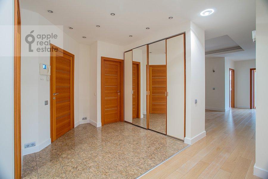 Corridor of the 5-room apartment at Smolenskiy 1-y per. 17