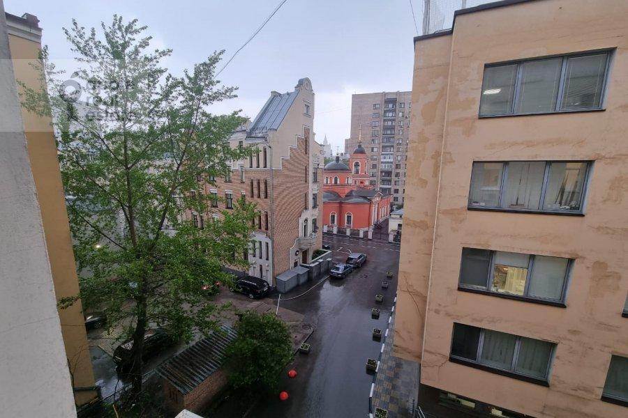 Вид из окна в 5-комнатной квартире по адресу Гоголевский бульв. 23