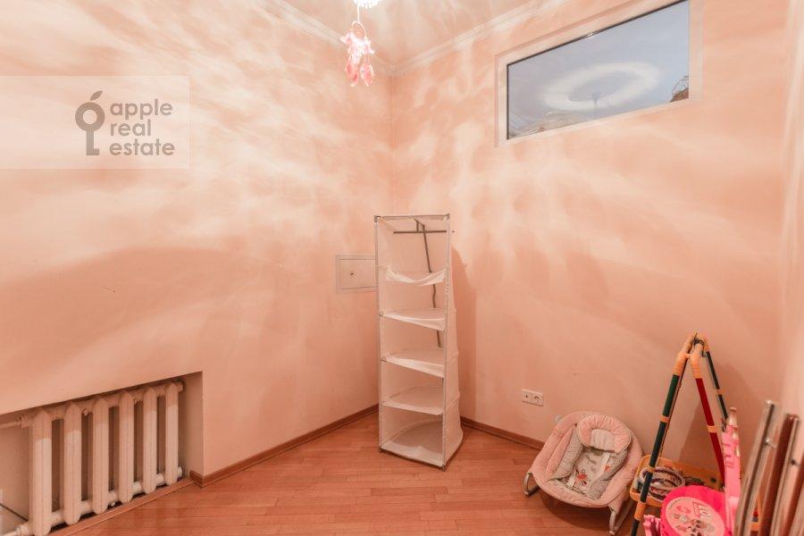 Детская комната / Кабинет в 4-комнатной квартире по адресу Пятницкая улица 62с7