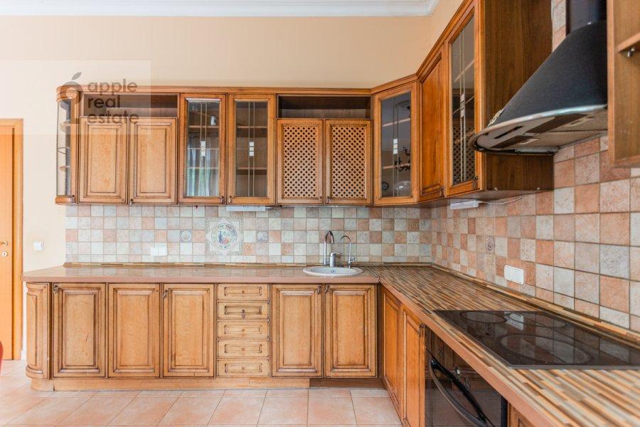 Кухня в 4-комнатной квартире по адресу Пятницкая улица 62с7
