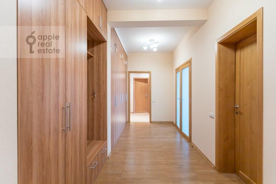 Коридор в 4-комнатной квартире по адресу Ленинский  просп. 126