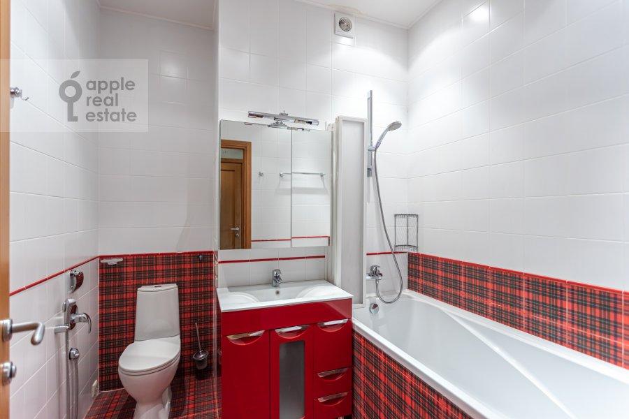 Санузел в 4-комнатной квартире по адресу Ленинский  просп. 126