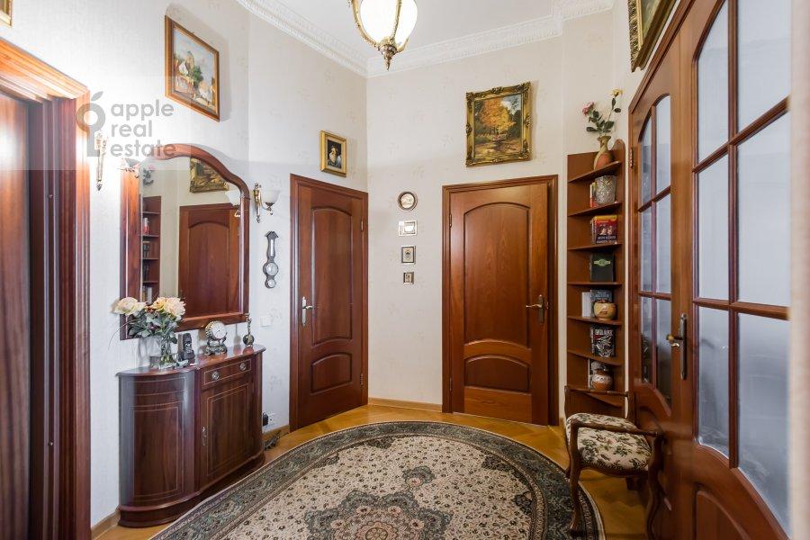 Corridor of the 3-room apartment at Leninskiy pr-t. 11st1