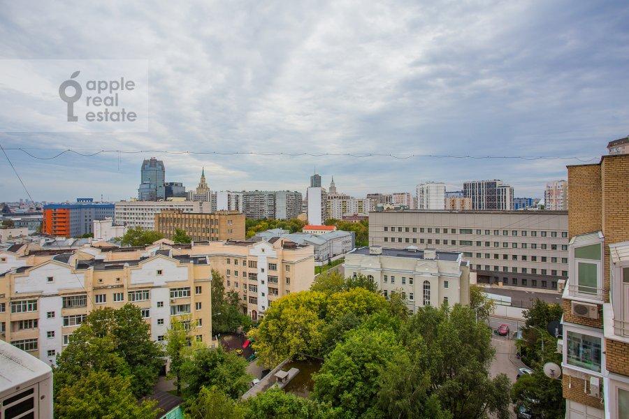 Вид из окна в 2-комнатной квартире по адресу Астраханский пер. 10/36