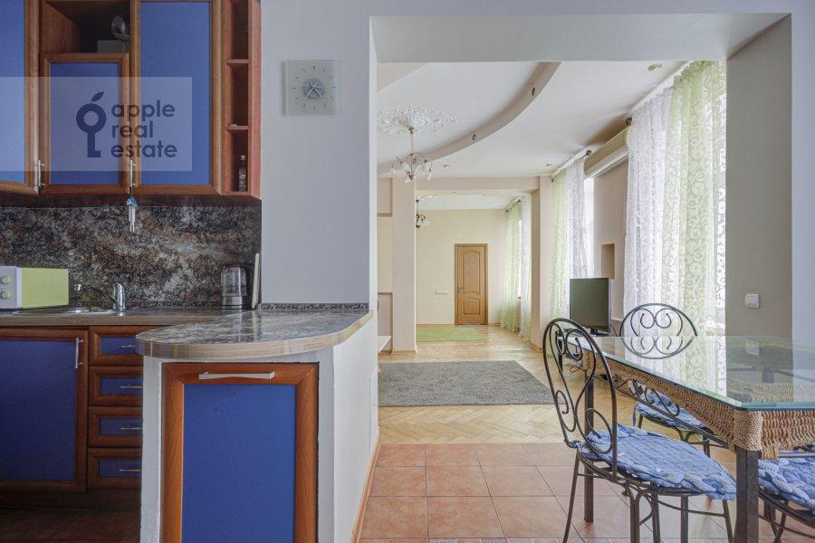 2-комнатная квартира по адресу Строченовский Большой пер. 4