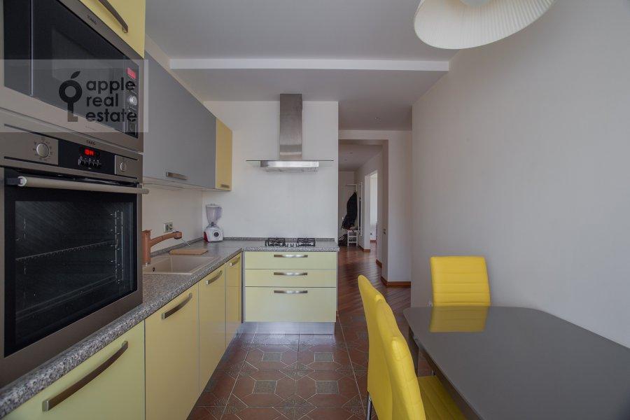 Кухня в 3-комнатной квартире по адресу Бронная Большая ул. 2/6