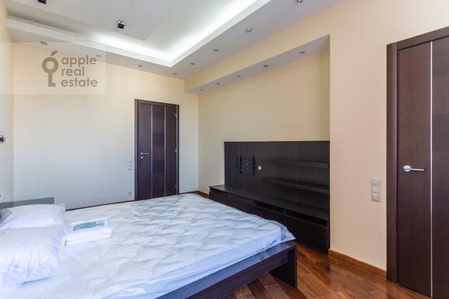 Спальня в 6-комнатной квартире по адресу Островитянова 6