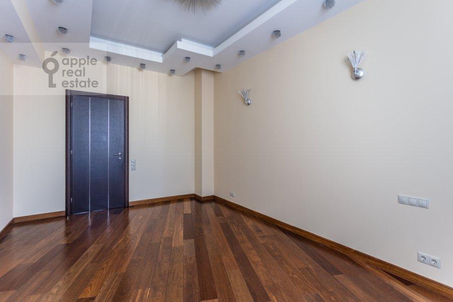 Детская комната / Кабинет в 6-комнатной квартире по адресу Островитянова 6