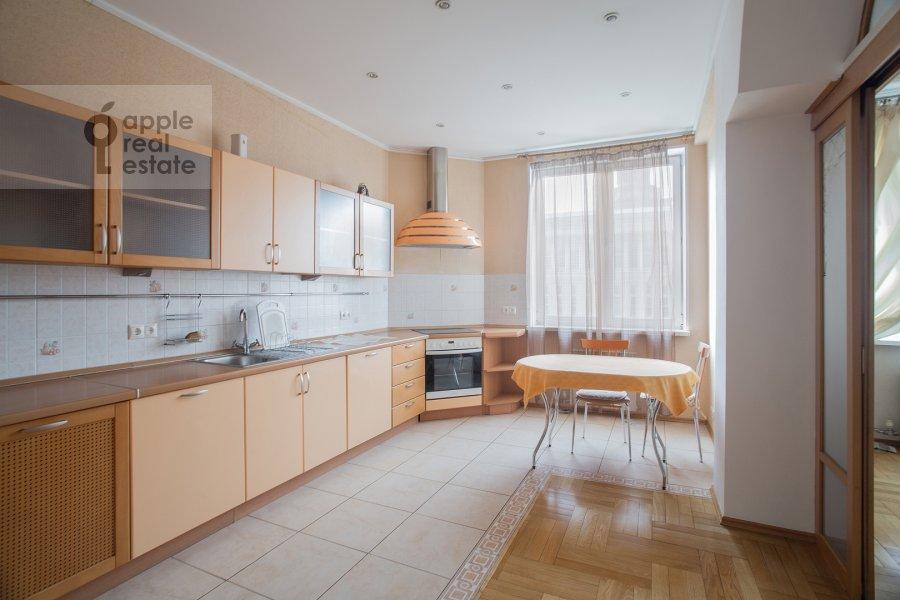 Кухня в 4-комнатной квартире по адресу Долгоруковская ул. 6