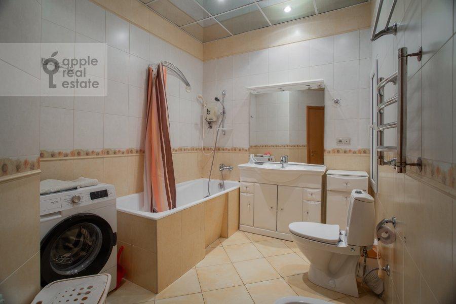 Санузел в 4-комнатной квартире по адресу Долгоруковская ул. 6