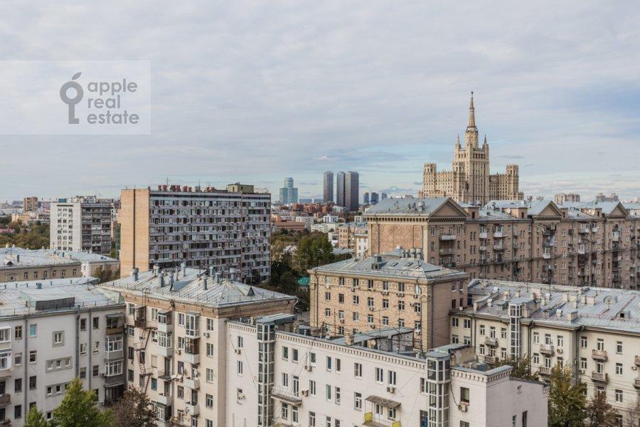 Вид из окна в 3-комнатной квартире по адресу Новый Арбат ул. 26