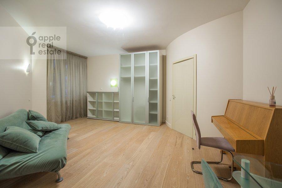 Детская комната / Кабинет в 4-комнатной квартире по адресу Звенигородская ул. 11
