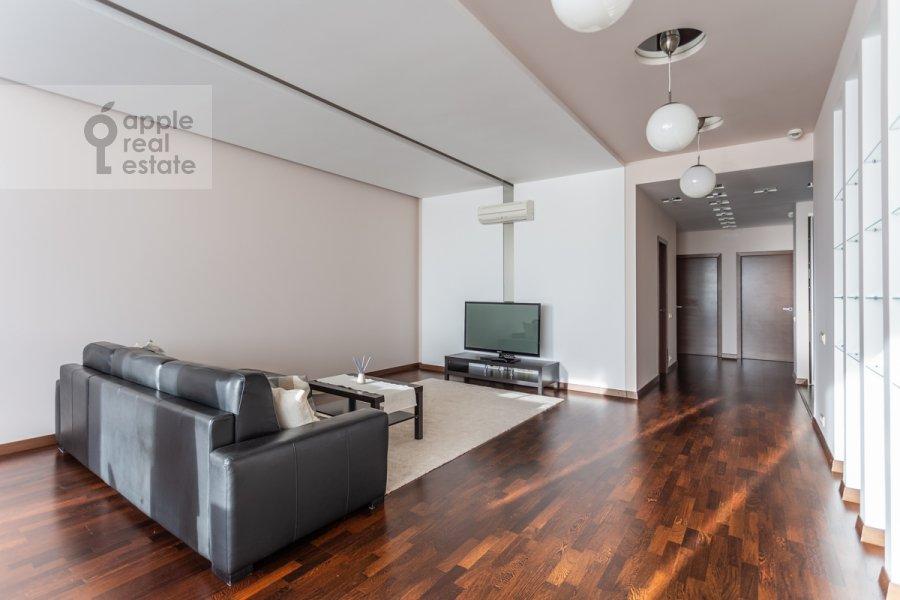 Гостиная в 3-комнатной квартире по адресу Ленинский пр-т. 92к1