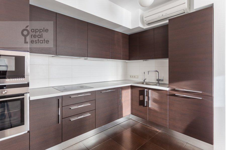 Кухня в 3-комнатной квартире по адресу Ленинский пр-т. 92к1