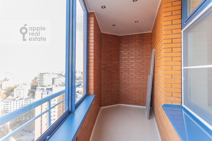 Балкон / Терраса / Лоджия в 3-комнатной квартире по адресу Ленинский пр-т. 92к1