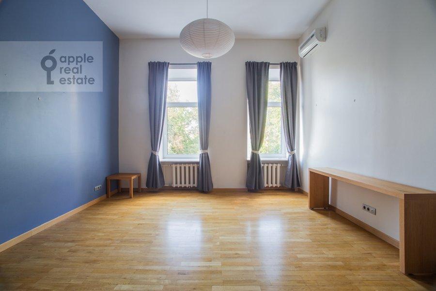 Спальня в 5-комнатной квартире по адресу Кривоколенный пер. 14