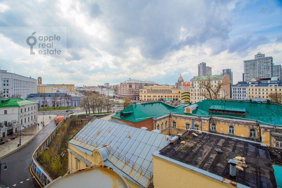 Вид из окна в 4-комнатной квартире по адресу Калашный пер. 4/1