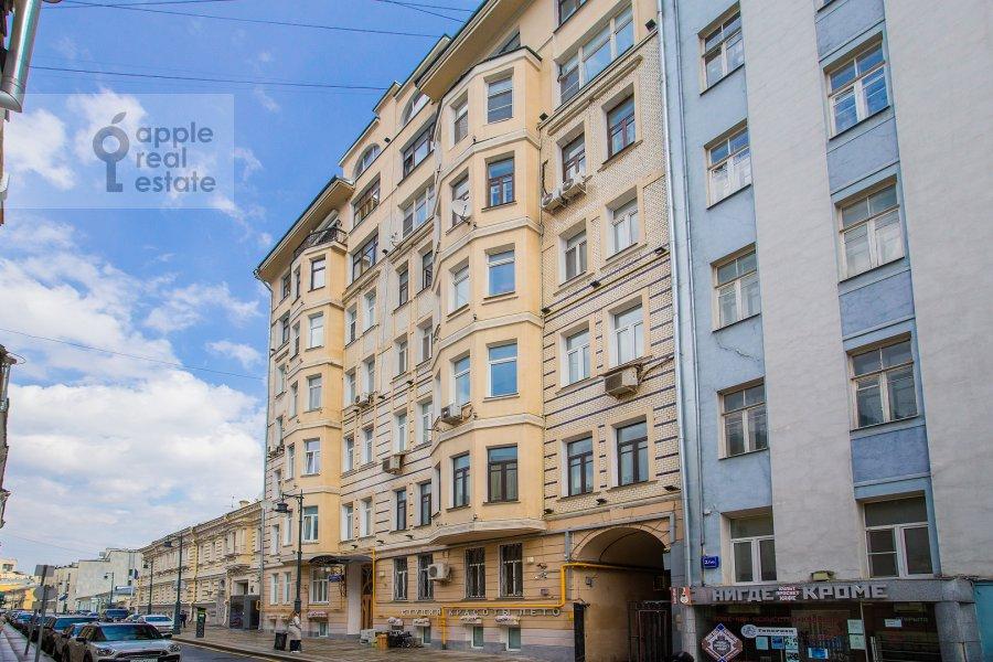 Фото дома 4-комнатной квартиры по адресу Калашный пер. 4/1