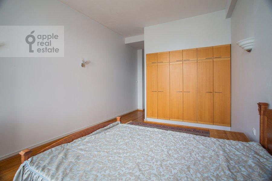 Спальня в 4-комнатной квартире по адресу Калашный пер. 4/1
