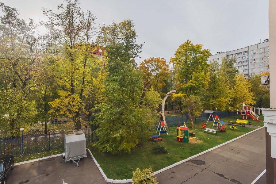 Вид из окна в 5-комнатной квартире по адресу Маршала Василевского ул. 13к3