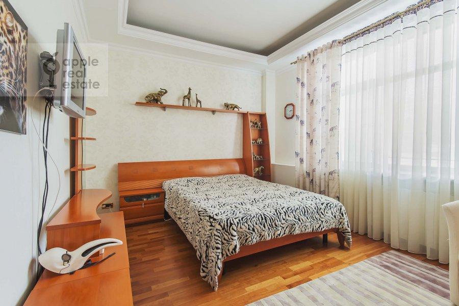 Спальня в 5-комнатной квартире по адресу Маршала Василевского ул. 13к3