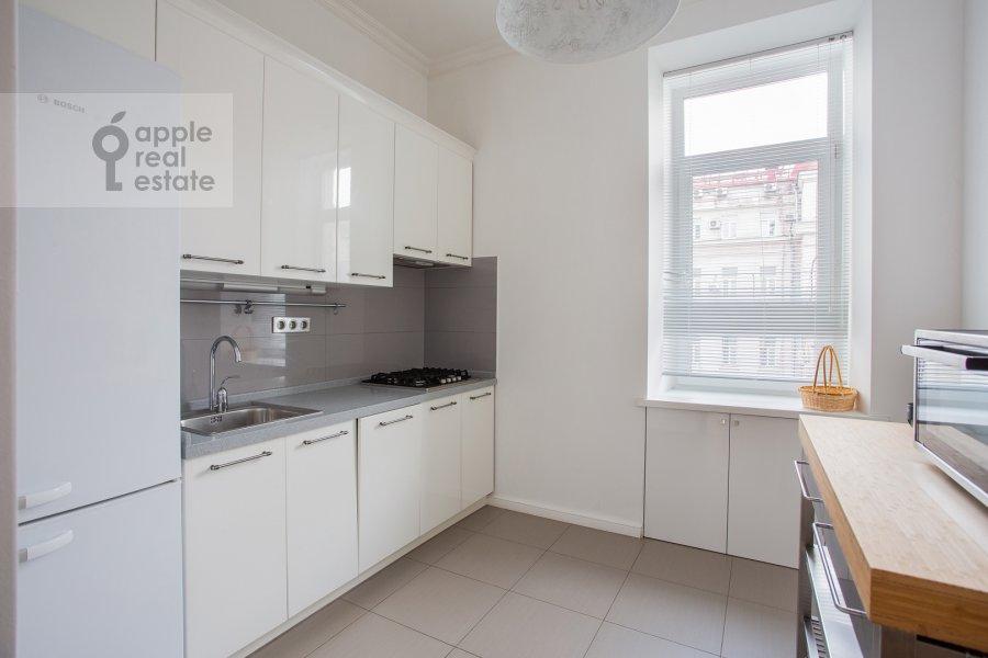 Kitchen of the 3-room apartment at Tverskaya ul. 6s3