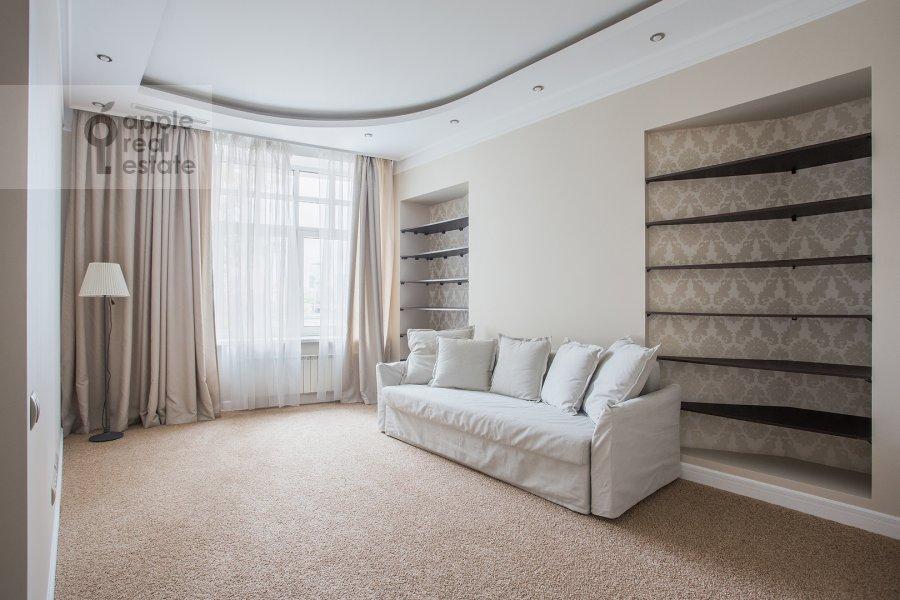 Детская комната / Кабинет в 4-комнатной квартире по адресу Новопесковский Малый пер. 8